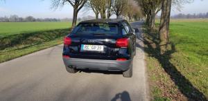 Audi Q2 schwarz